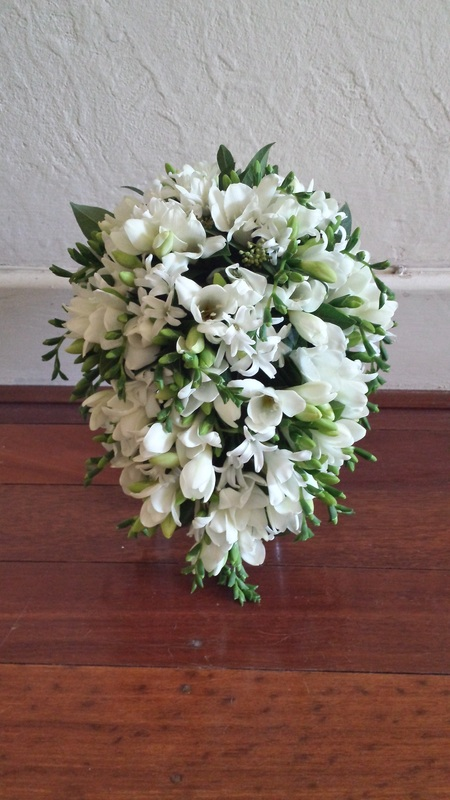 Best Wedding Flowers Perth : Bouquet shapes and styles wedding flowers perth